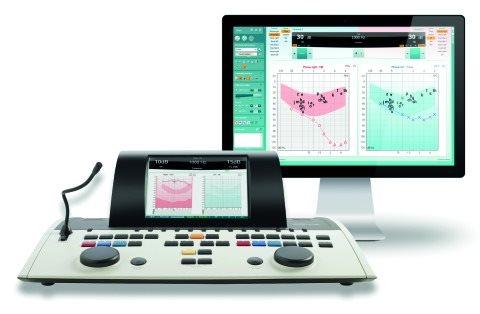 На малюнку - клінічний аудіометр Interacoustics AC 40 Hybrid (Данія). На екрані відображається аудіограма.