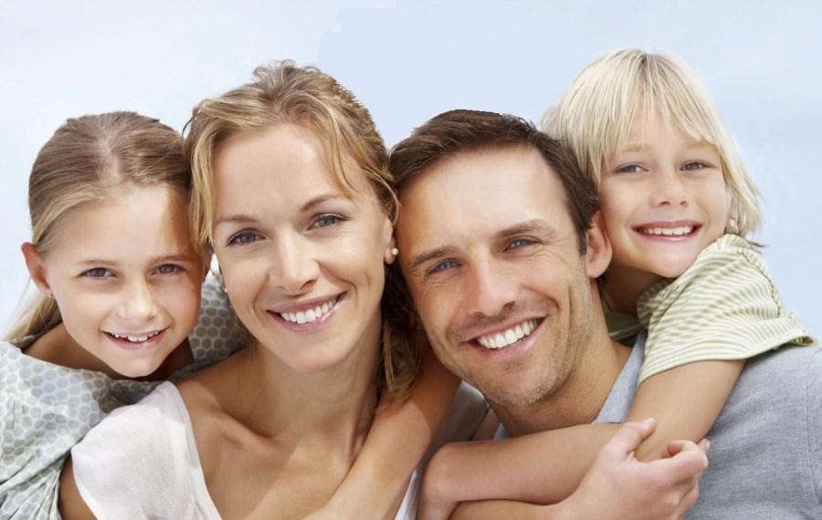 Бинауральное слухопротезирование имеет преимущества для всех возрастных групп.